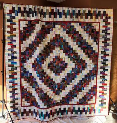 Image Title: 2023 Raffle Quilt - Unnamed